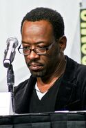 405px-Lennie James