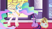 Celestia levitating the quills and papers back into Twilight&#39;s bags S3E01