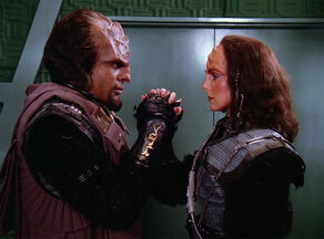 Worf and K'Ehleyr say goodbye