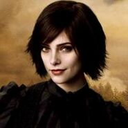 Alice-cullen-dec-9-2010-200