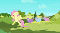 Fluttershy very happy S3E1