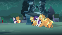 Rarity, Applejack, Granny Smith and Big McIntosh waiting S3E5