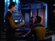Data offers Geordi pipe