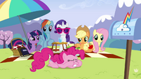 Twilight 'Pinkie Pie' S3E7