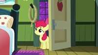 Apple Bloom looking S3E08