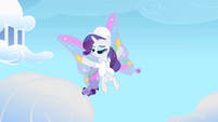 Rarity enjoying the attention from the bullies S1E16