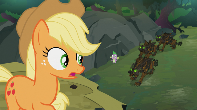 http://images3.wikia.nocookie.net/__cb20121231013952/mlp/images/thumb/5/50/Applejack_telling_Spike_to_run_S3E9.png/640px-Applejack_telling_Spike_to_run_S3E9.png