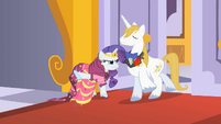 Rarity letting Prince Blueblood through S1E26