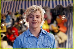 Austin-ally-bad-breath-06