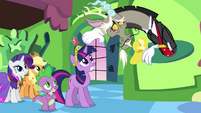 Discord &quot;may I take your hats?&quot; S03E10