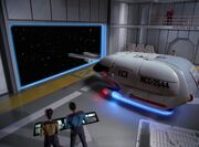 Shuttle der Repulse verlässt Hangar der Enterprise-D