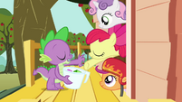 Spike and the CMC &quot;take it or leave it&quot; S03E11