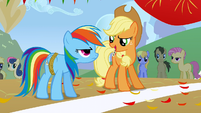 Applejack gets confident S1E13