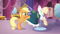 "Applejack ""it doesn't look like much"" S03E13.png"