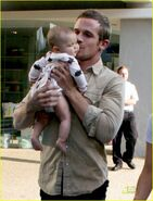 Cam-Gigandet-w-baby-twilight-series-7733567-932-1222