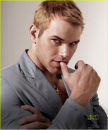 Kellan-Lutz-VMan-Style-kellan-lutz-11544289-1012-1222