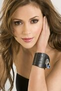 Alyssa-Milano-Touch-alyssa-milano-840454 1066 1600