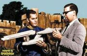 Jeffrey Hunter avec maquette Enterprise, 1965