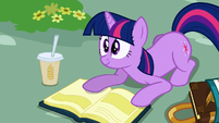 Twilight willing to help S2E24