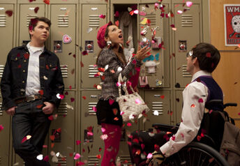 Glee-Hearts-Episode-6
