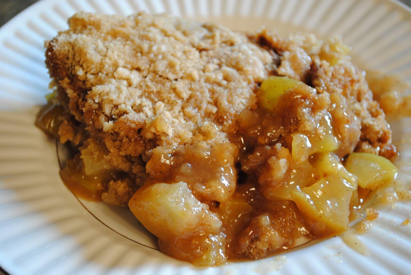 Homemade apple cobbler (2)