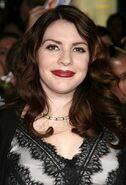 Stephenie-Meyer-stephenie-meyer-20125814-550-808