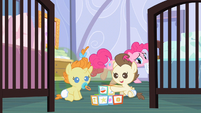 Pinkie Pie being stealthy S2E13