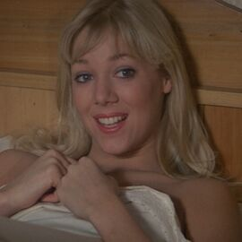 Bibi Dahl (Lynn-Holly Johnson) - Profile
