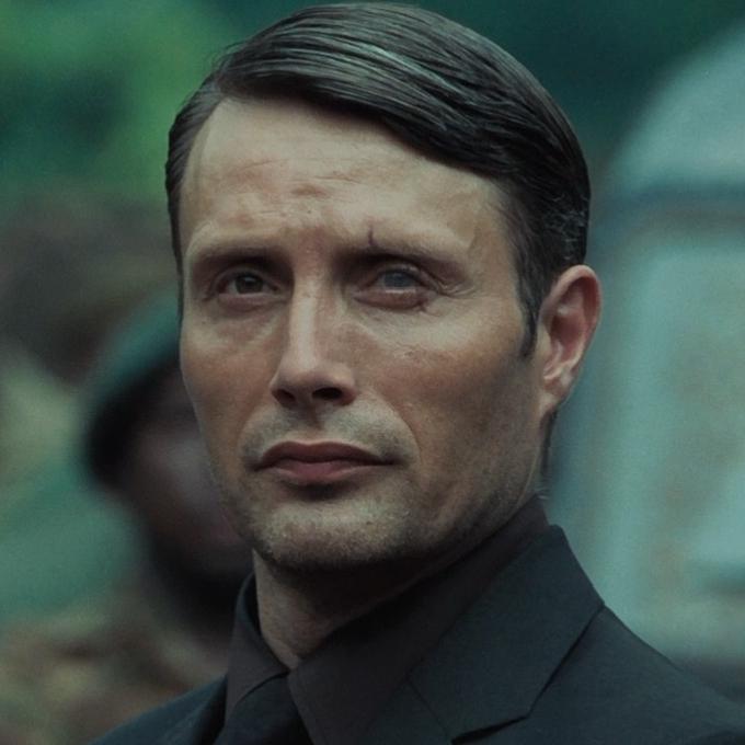 Le Chiffre (Mads Mikkelsen) - James Bond 007 Wiki