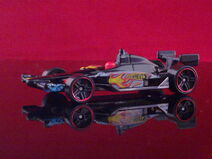 HT N8 2011 IndyCar Oval Course Race Car - V5330 - Dan Wheldon 010520132244