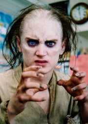 Frodo-as-Gollum-Makeup-Test-01