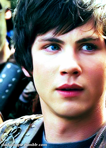 http://images3.wikia.nocookie.net/__cb20130913200140/olympians/images/8/88/Percy-Jackson-percy-jackson-33868607-343-476.jpg