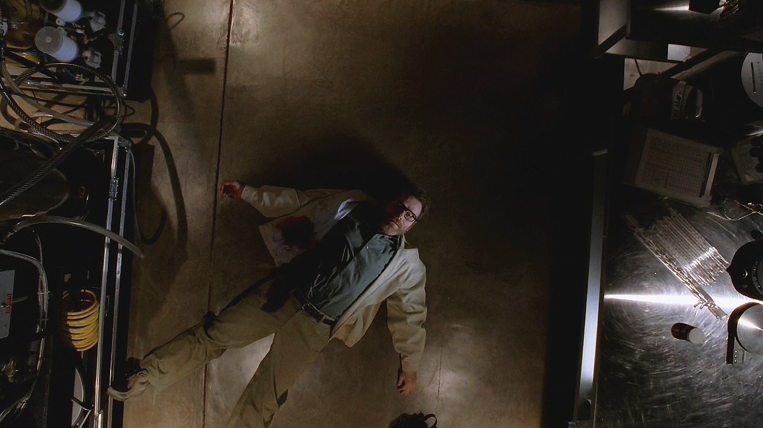 http://images3.wikia.nocookie.net/__cb20130930031305/breakingbad/images/9/9e/Walt%27s_Death.png
