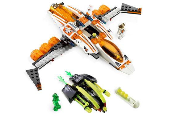 """Конструктор  """"MX-41 Истребитель-трансформер """", серия Lego Mars Mission 7647."""