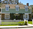 4352 Wisteria Lane
