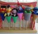 Sesame Street puppets (Igel)