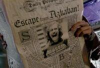Prorok Codzienny informuje o ucieczce Syriusza Blacka z Azkabanu.