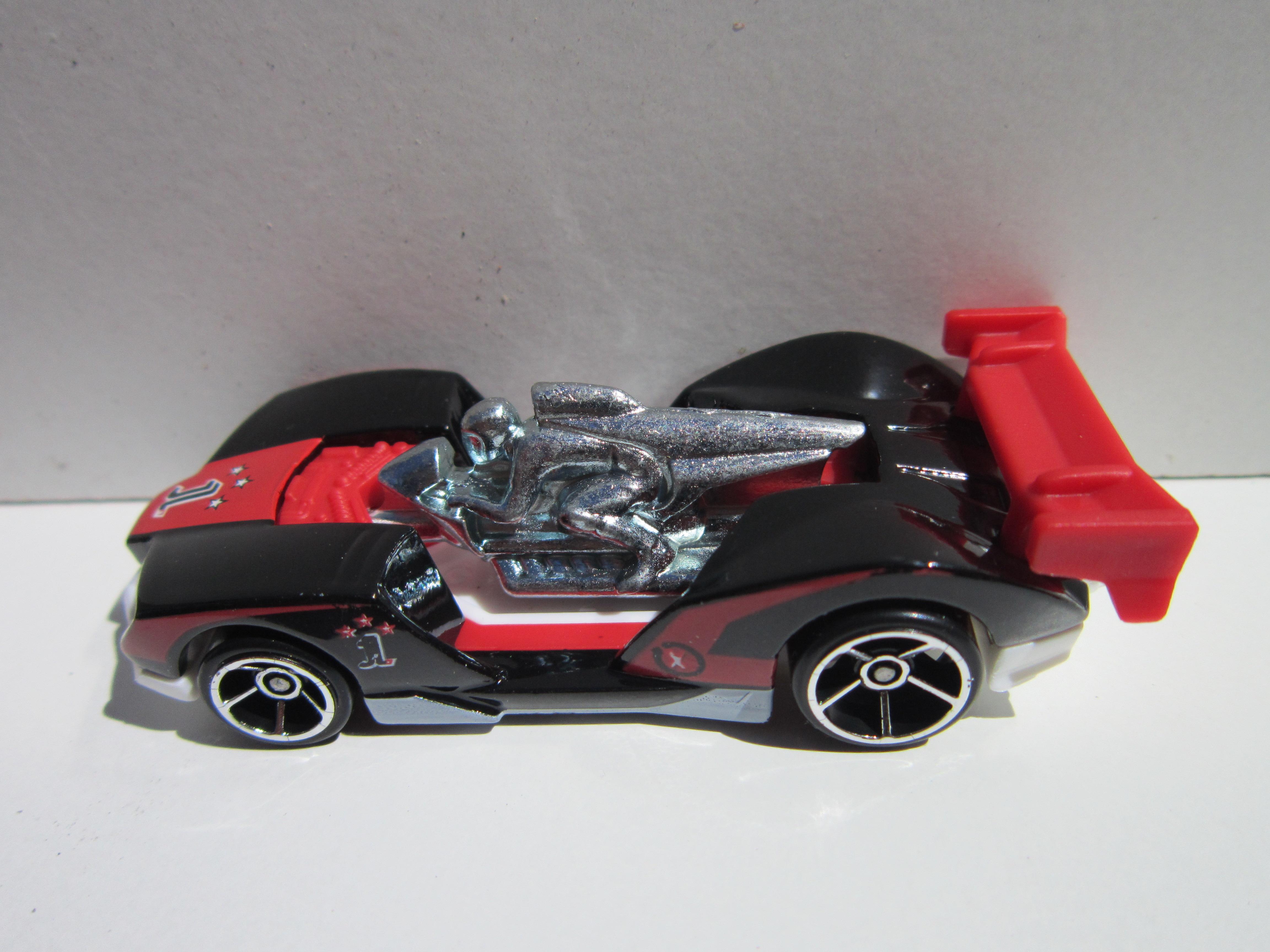 Mis Hot Wheels 2012... IMG_0181