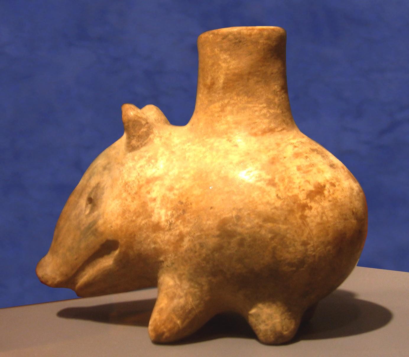 https://images3.wikia.nocookie.net/__cb20090410203306/ceramica/images/c/c4/Tlatilco_culture_peccary_vessel_(Snite).jpg